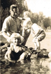 Carl with kids Dori, Doug and baby Dave (~1927)