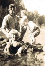 Carl with kids Dori, Doug and baby Dave (~1927)